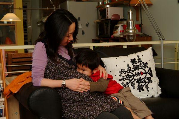 賢賢親媽媽的大肚肚裡的娃娃。2007.11.02